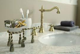 luxus bad zubehör jugendstil retro waschbecken armatur waschtisch dreilochbatterie altgold bronze serie made in italy