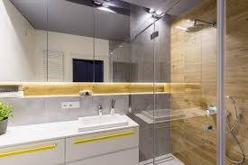 kleines bad mit dusche gestalten tipps zur raumplanung