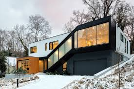100 In Situ Architecture Black Stairwell Cuts Across Front Of North Carolina Home By
