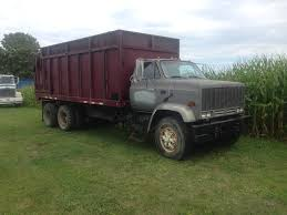 GMC Grey-Burg Silage Truck 20 - Stewart Farms, MI Grain Silage Trucks For Sale Corn Silage Packing Time Lapse Case And John Deere B3 Farms Truck Driver Life On The Ranch Collins Family Silage Cy Harvesting 1976 Mack R600 Grain Farm Truck For Sale Auction Or Lease Intertional Wrecker Tow Trucks N Trailer Magazine 2006 Intertional Eagle 9200i Truck Item Dx9084 Oat Harvest 2013 What Goes Around Comes Mgaret Duarte Desert Survivor Bagging