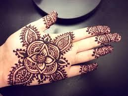Easy Flower Henna
