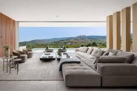 zeitgenössische luxusvilla modernes wohnkonzept livvi de