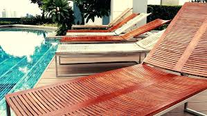 Pool Side Lounge Chairs Ledge Lounger In Chaise With Wooden Bent And Aluminum Legs Chair