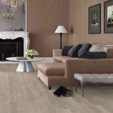Elite 8mm Light Grey Varnished Oak Laminate Flooring UE1304