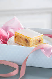 muttertagsgeschenk selber machen anleitung für süße kuchenbox
