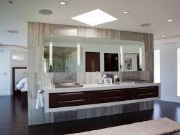 Modern Master Bathroom Images by 10 Modern And Luxury Master Bathroom Ideas Freshnist