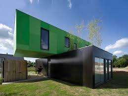 100 Crossbox A Cantilevered Modular House CG Architectes