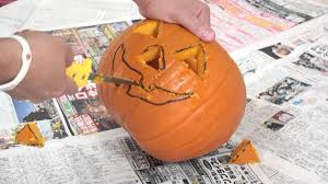 How To Carve An Amazing Pumpkin by How To Make A Jack O Lantern With Marty Moose Youtube