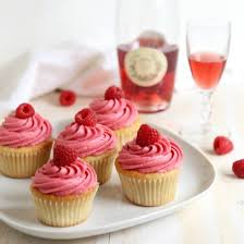 Raspberry Rosé Wine Cupcakes