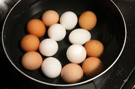 Bad Eggs Do They Float Or Sink by Do Hard Boiled Eggs Go Bad Does It Go Bad