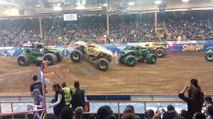 Monster Jam - Albuquerque 2016 (Finale) - YouTube Battle For The Bid Monster Jam Simmonsters Points Tighten In Stadium Championship Race Amazoncom Hot Wheels Dragon Arena Attack Playset Toys Triple Threat Series Presented By Amsoil Everything You Alburque Nm Announces Driver Changes 2013 Season Truck Trend News Thunder Home Facebook As Big It Gets Orange County Tickets Na At Angel Bigfoot Vs Usa1 The Birth Of Madness History World Finals Xv