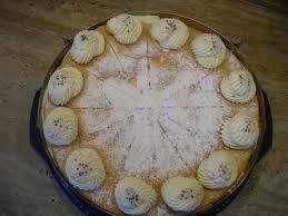 hier die fertige torte käse sahne torte