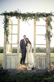 Old Doors Are Such A Fantastically Simple Way To Add Rustic Or Vintage Charm Your Wedding Decor Theyre Great For So Many Different Uses Too Backdrops