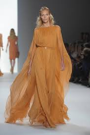 Review and of Elie Saab Runway Show at 2012 Spring Summer
