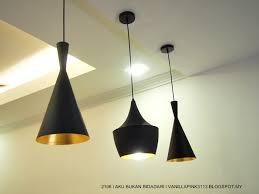 Bar Counter Hiasan Lampu Gantung