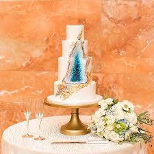Bridal Focus Wedding Cake Trends From Formal To Rustic