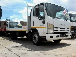 EX FLEET ISUZU NPR400 4 TONNE FLAT DECK TRUCK FOR SALE | Junk Mail