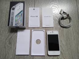 Apple iPhone 4 8GB White in original box simlock free