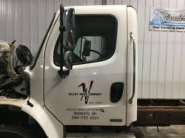 100 Used Freightliner Trucks 2007 M2 106 Front Door Assembly For Sale Sioux Falls SD 24608545 MyLittleSalesmancom