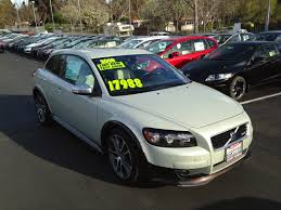 Tamerlane s Thoughts 2009 Volvo C30 T5 6M R Design test drive