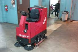 commercial floor scrubbers and sweepers in toronto industrial