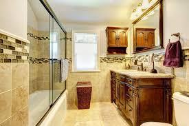 8 tipps für die einrichtung des blockbohlenhaus badezimmers