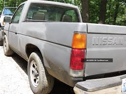 1991 Nissan D21 Base Standard Cab Pickup 2 - Door 2. 4l