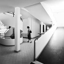 villa savoye by le corbusier photo daveybot le