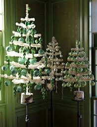 50 beautiful christmas home decoration ideas from martha stewart