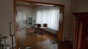 wohnzimmer glastür