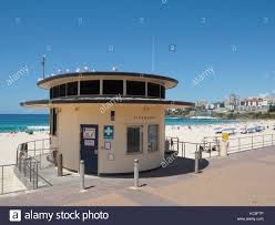 100 Bondi Beach House Lifeguard House At In Sydney Australia Stock
