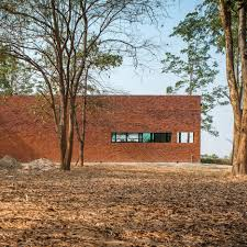 100 Define Glass House Thai House Made From Layers Of Brick Concrete And Glass