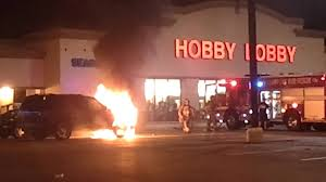 Car On Fire In Hobby Lobby Parking Lot. - YouTube