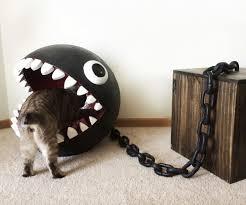 Chain Chomp Cat Bed