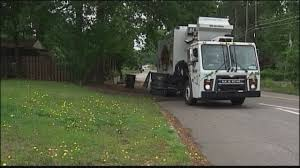 New Law Requires All Drivers To Yield To Garbage Trucks