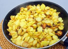cuisiner des pommes de terre ratte pommes de terre ratte sautées à l ail une recette de plat facile
