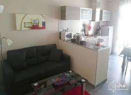 chambre a louer nimes location appartement à nîmes iha 53206