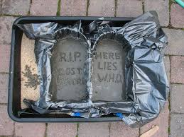 Funny Halloween Tombstones For Sale by Best 25 Tombstones For Halloween Ideas On Pinterest Diy