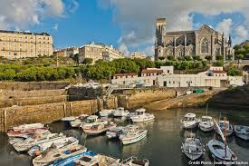 port des pecheurs biarritz biarritz les dessous de la station balnéaire détours en