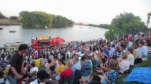 100 Food Truck Festival Nyc Riverfest And The Rivefront In Hartford