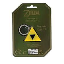 Zelda Triforce Lamp Amazon by Amazon Com Nintendo Legend Of Zelda Triforce Light Up Key Chain