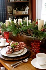 Here Are 24 Inpsiring Rustic Holiday Table Settings Ho Spread The Cheer Christmas Decorations Crafts Seasonal Decor A Good Old Fashioned