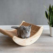 Creative Solid Wood Sturdy Durable Breathable Cat Rocking Chair Pet Supplies