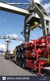 Truck Mounted Cranes Stock Photos & Truck Mounted Cranes Stock ...