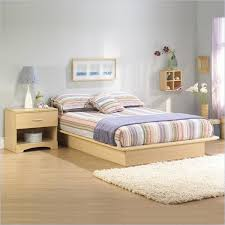 light maple wood bedroom furniture keeping your solid looking like