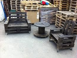 Diy Pallet Patio Chair With Wheels