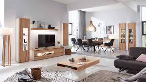 massivholz im wohnzimmer interliving