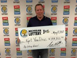 Halloween Millionaire Raffle Results by Macomb County Man Wins 149 855 Club Keno The Jack Prize From The