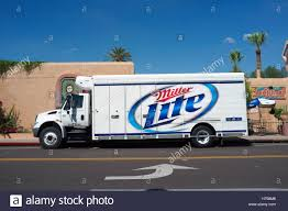 Miller Lite Stock Photos & Miller Lite Stock Images - Alamy Thesambacom Split Bus View Topic 1959 Single Cab Restoration Semi Trailer Stock Photos Images Alamy Four Seasons 2017 Honda Ridgeline Rtle Introduction Automobile Becky Richards Journal 2016 Seen Outside Bhas Market In Tucson Kettle Heroes Foodcart Just Words May Vintage Car Route 66 Seligman A Collection Of Ariz Food Trucks Ding Eastvalleytribunecom The Worlds First Selfdriving Semitruck Hits The Road Wired Heil 7000 Garbage Truck St Petersburg Sanitation Youtube