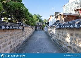 100 South Korean Houses Narrow Alley Between Ancient In Jeonju Hanok Village